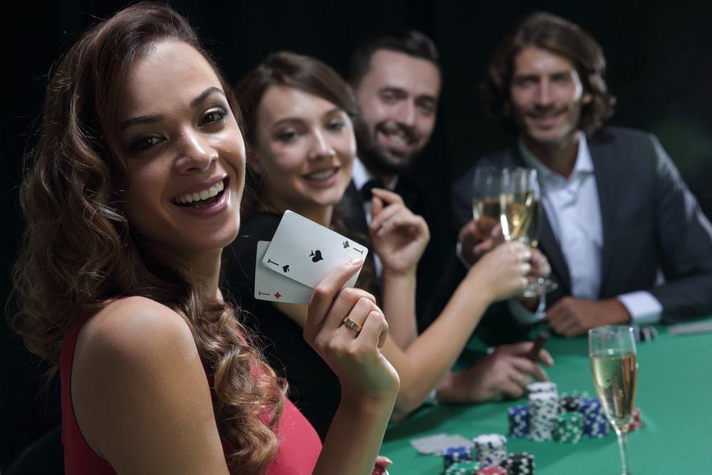 Deltage i online pokerturneringer