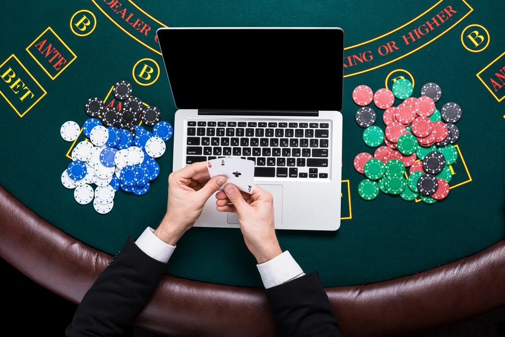 Spil på online poker sider